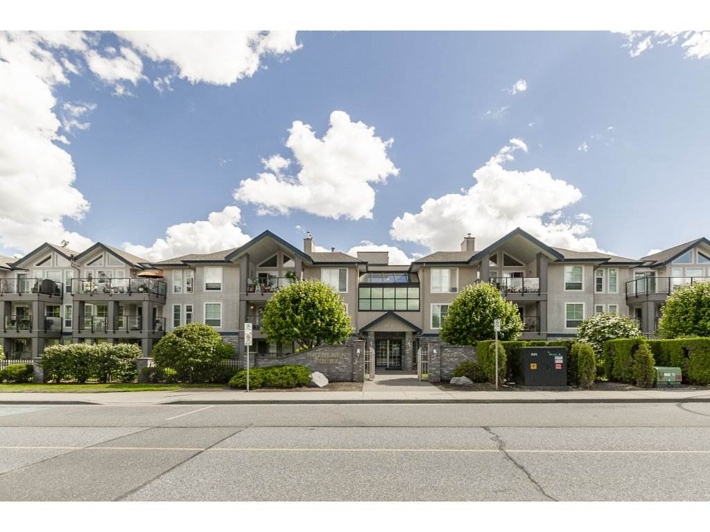 Main Photo: 304 33150 4TH Avenue in Mission: Mission BC Condo for sale : MLS®# R2278882