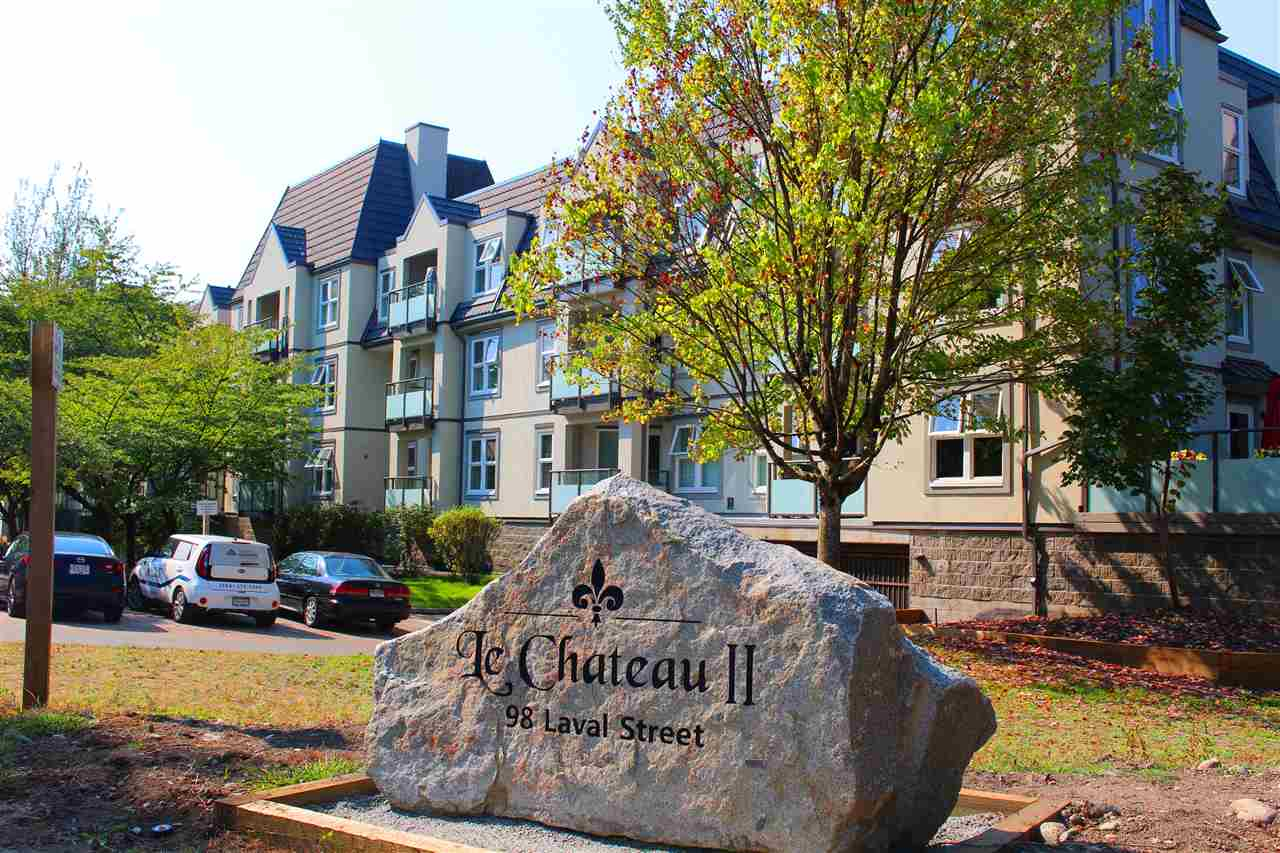 "Main Photo: 212 98 LAVAL Street in Coquitlam: Maillardville Condo for sale in ""LE CHATEAU II"" : MLS®# R2300921"
