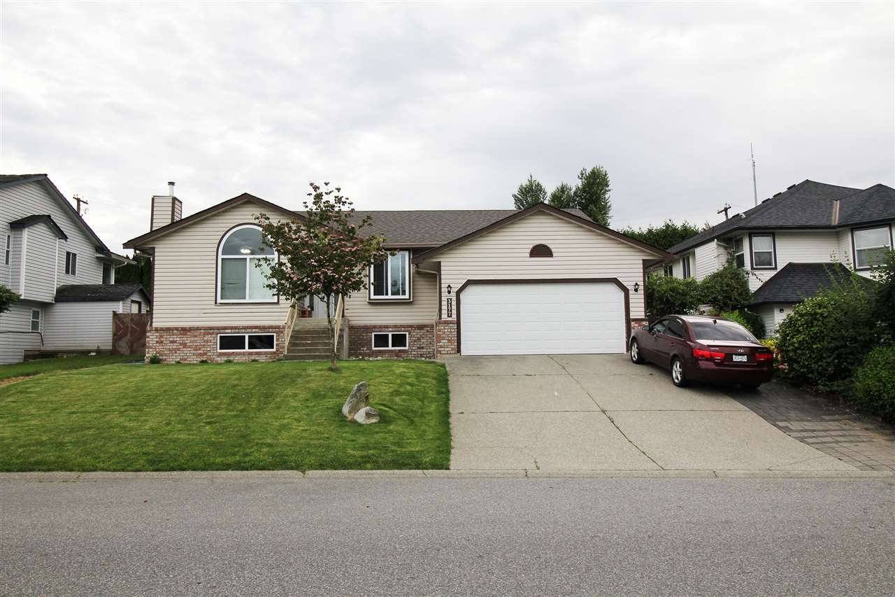 FEATURED LISTING: 3177 CURLEW Drive Abbotsford