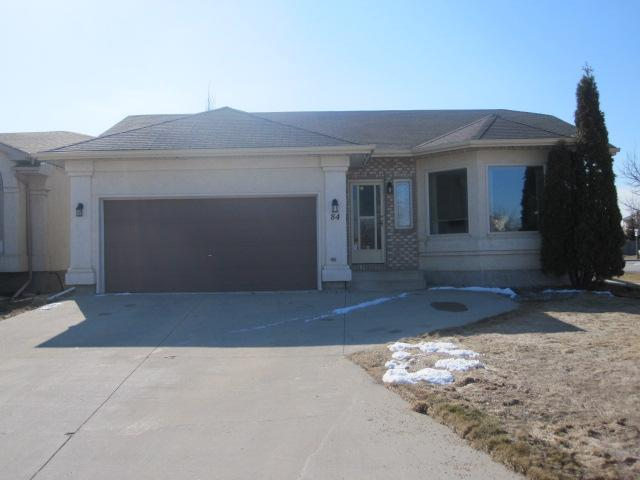 Main Photo: 84 BARLOW Crescent in WINNIPEG: St Vital Residential for sale (South East Winnipeg)  : MLS® # 1107407