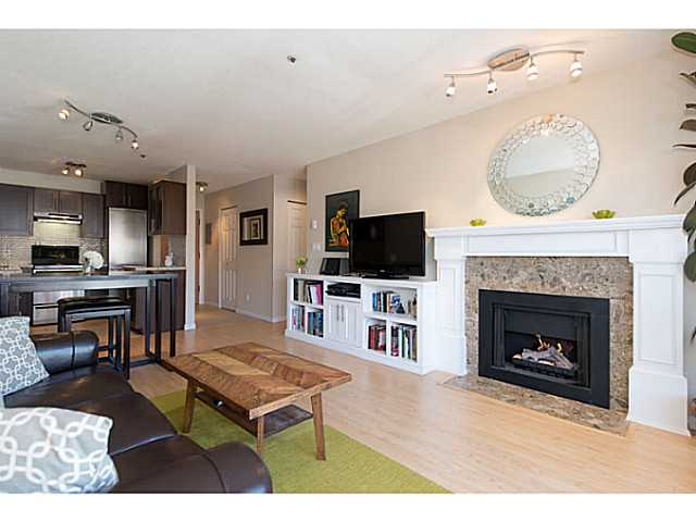 "Photo 7: 306 833 W 16TH Avenue in Vancouver: Fairview VW Condo for sale in ""The Emerald"" (Vancouver West)  : MLS® # V1063181"