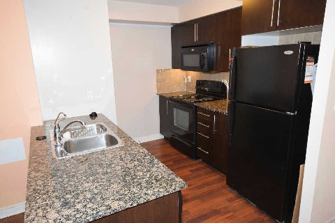 Main Photo: 03 310 Burnhamthorpe Road in Mississauga: City Centre Condo for lease : MLS(r) # W3078524