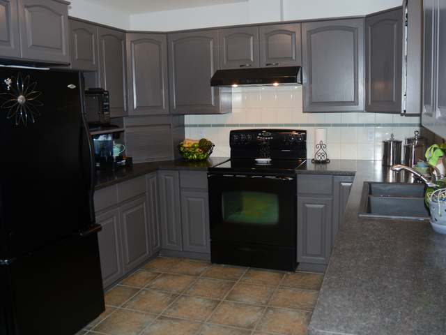Photo 10: Photos: 381 TUXFORD DRIVE in : Sahali House for sale (Kamloops)  : MLS® # 126063