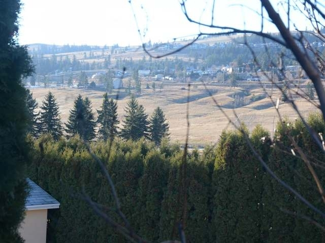 Photo 9: Photos: 381 TUXFORD DRIVE in : Sahali House for sale (Kamloops)  : MLS® # 126063