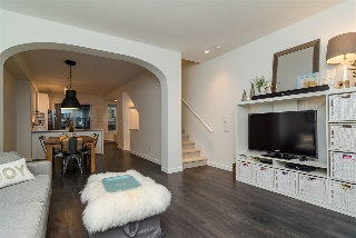 "Main Photo: 86 8438 207A Street in Langley: Willoughby Heights Townhouse for sale in ""YORK"" : MLS(r) # R2016296"