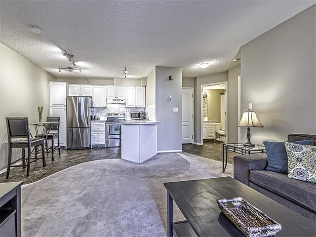 Photo 7: 302 30 SIERRA MORENA Mews SW in Calgary: Signal Hill Condo for sale : MLS® # C4062725