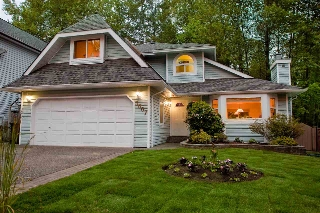 "Main Photo: 3007 DELAHAYE Drive in Coquitlam: Canyon Springs House for sale in ""CANYON SPRINGS"" : MLS® # R2075071"