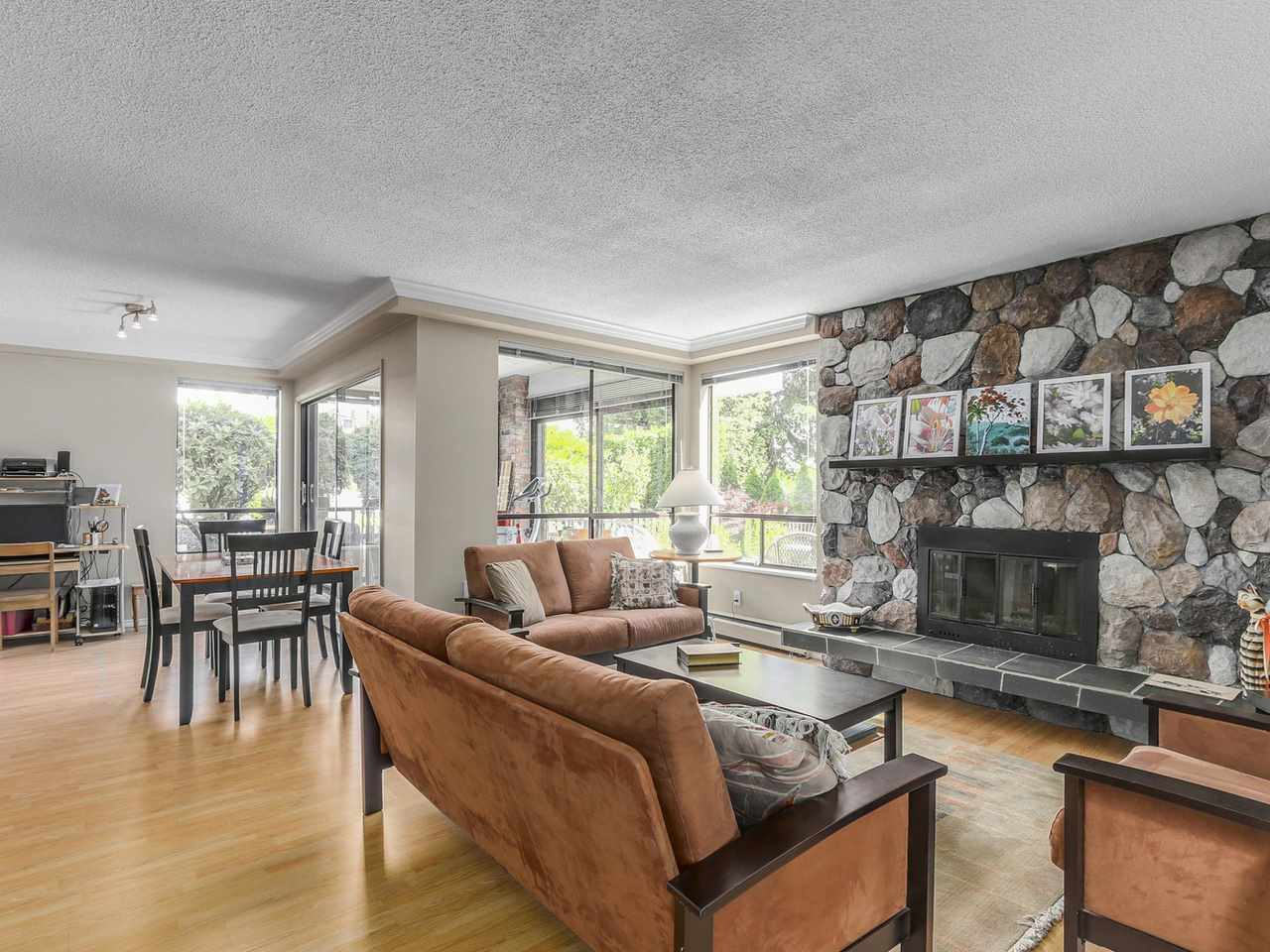 "Photo 3: 101 1331 FOSTER Street: White Rock Condo for sale in ""Kent Mayfair"" (South Surrey White Rock)  : MLS(r) # R2091138"