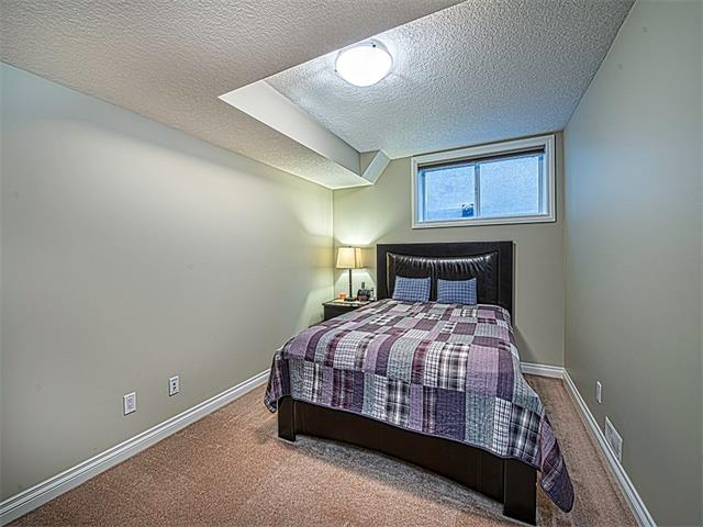 Photo 26: 113 ROCKFORD Road NW in Calgary: Rocky Ridge House for sale : MLS(r) # C4079306