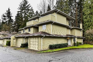 "Main Photo: 107 1386 LINCOLN Drive in Port Coquitlam: Oxford Heights Townhouse for sale in ""MOUNTAINS PARK VILLAGE"" : MLS® # R2147747"