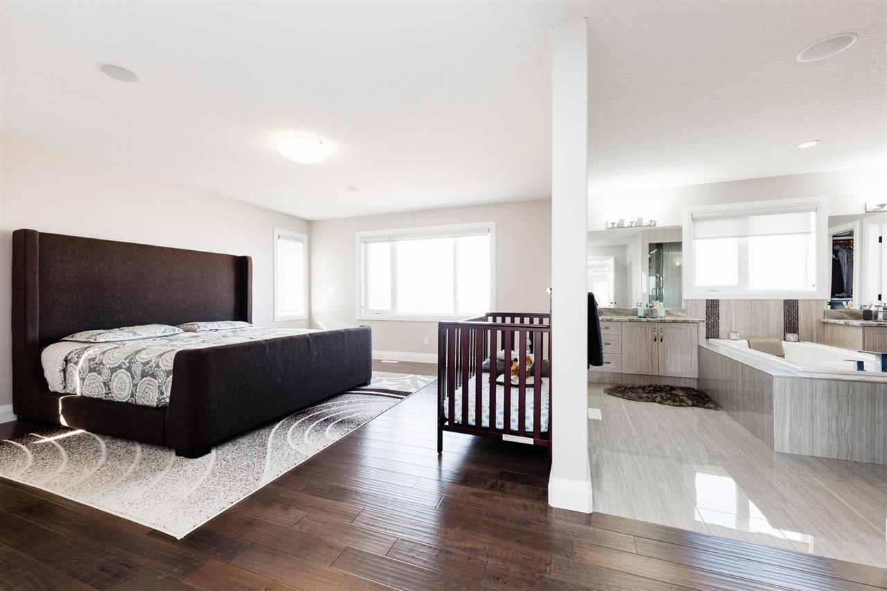 Photo 15: 723 ALBANY Place in Edmonton: Zone 27 House for sale : MLS(r) # E4059245