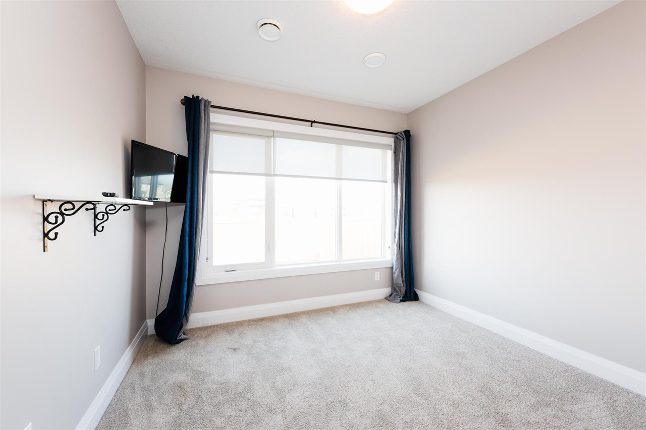 Photo 26: 723 ALBANY Place in Edmonton: Zone 27 House for sale : MLS(r) # E4059245