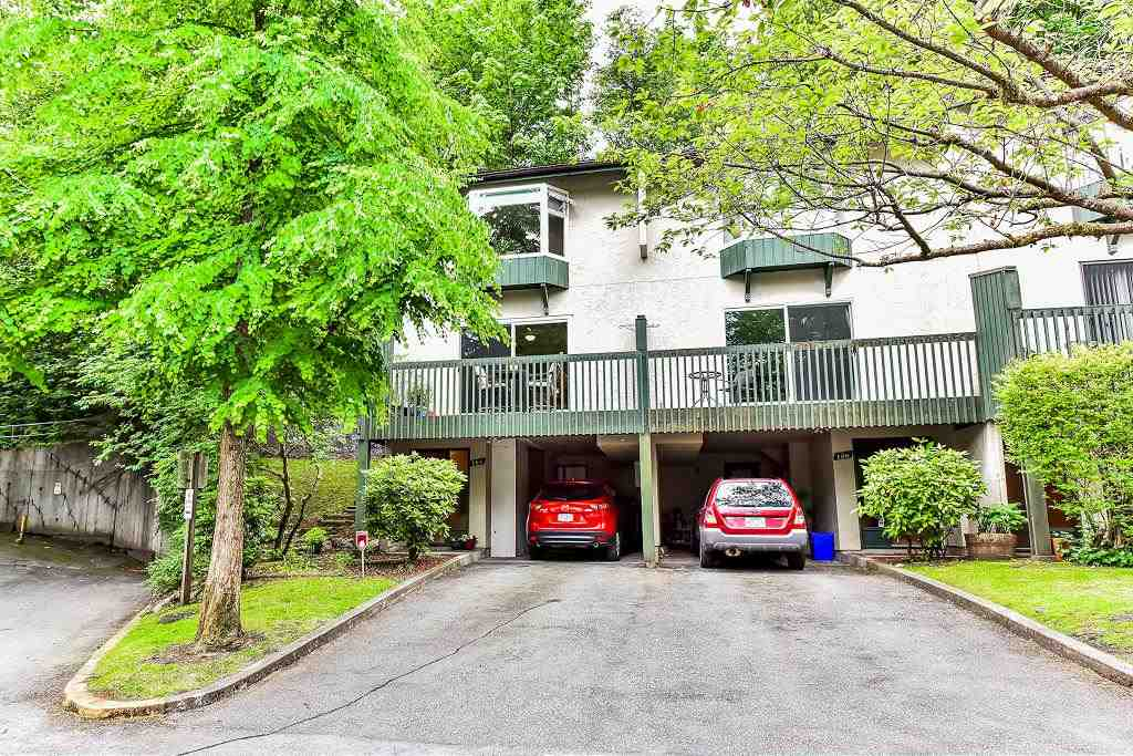 "Main Photo: 184 JAMES Road in Port Moody: Port Moody Centre Townhouse for sale in ""Tall Tree Estates"" : MLS® # R2177636"