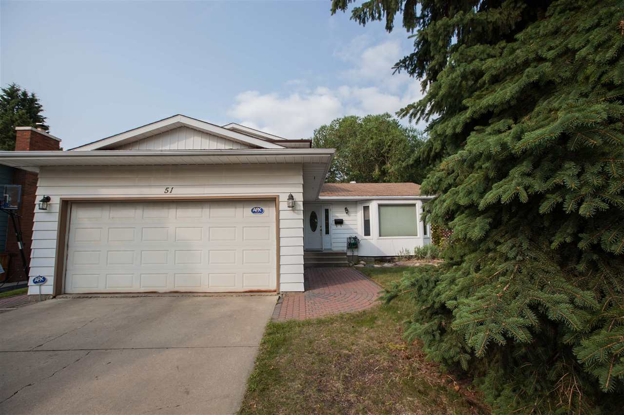 Main Photo: 51 Bellevue Crest NW: St. Albert House for sale : MLS(r) # E4073555