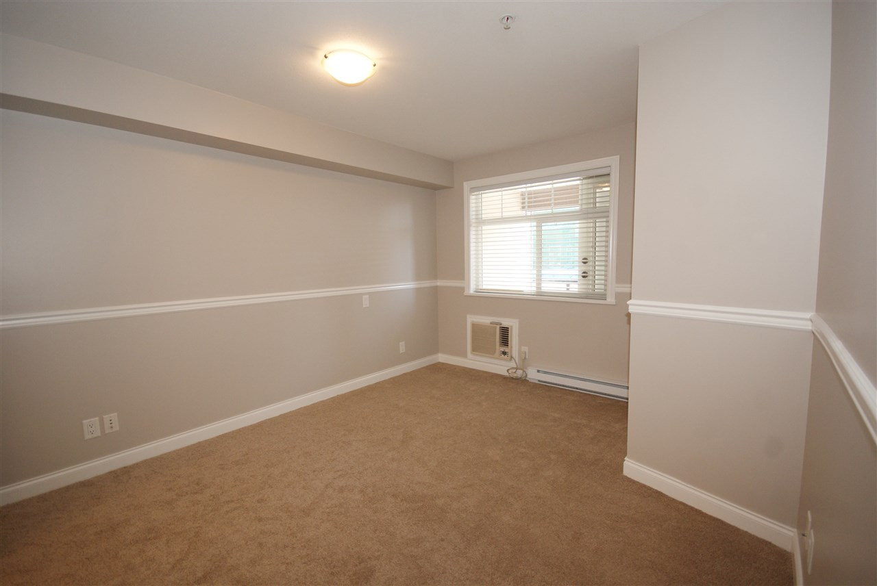 "Photo 11: 237 5660 201A Street in Langley: Langley City Condo for sale in ""Paddinton Station"" : MLS® # R2188422"