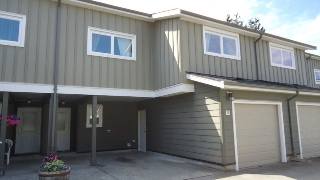 "Main Photo: 25 39752 GOVERNMENT Road in Squamish: Northyards Townhouse for sale in ""Mountainview Manor"" : MLS(r) # R2190347"