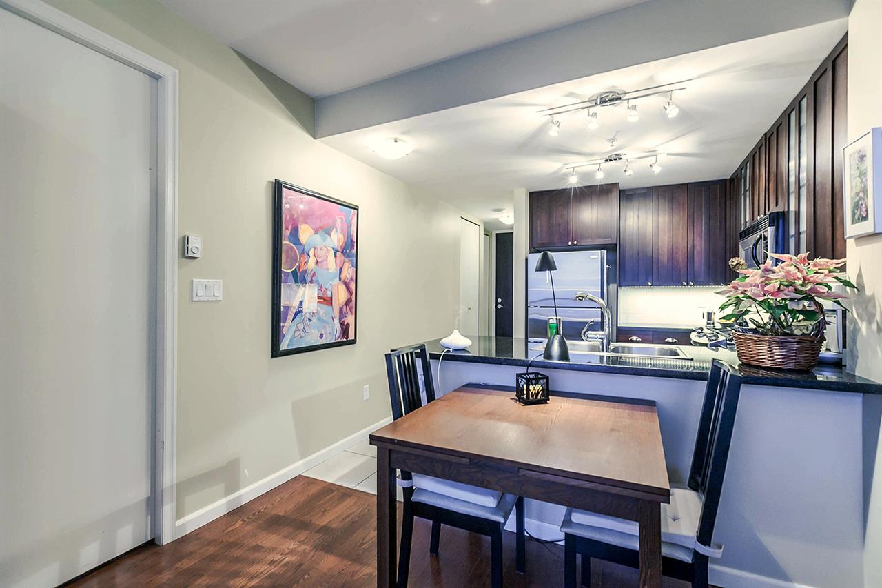 "Photo 6: Photos: 1202 170 W 1ST Street in North Vancouver: Lower Lonsdale Condo for sale in ""ONE PARK LANE"" : MLS® # R2228701"