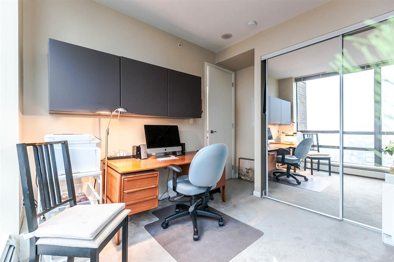 "Photo 14: Photos: 1202 170 W 1ST Street in North Vancouver: Lower Lonsdale Condo for sale in ""ONE PARK LANE"" : MLS® # R2228701"