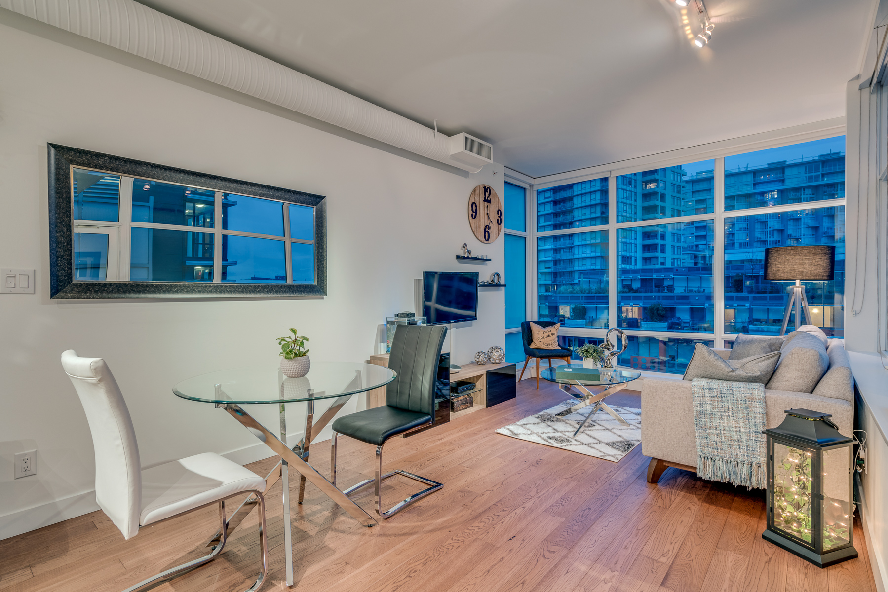 "Main Photo: 717 108 E 1ST Avenue in Vancouver: Mount Pleasant VE Condo for sale in ""MECCANICA"" (Vancouver East)  : MLS®# R2231947"