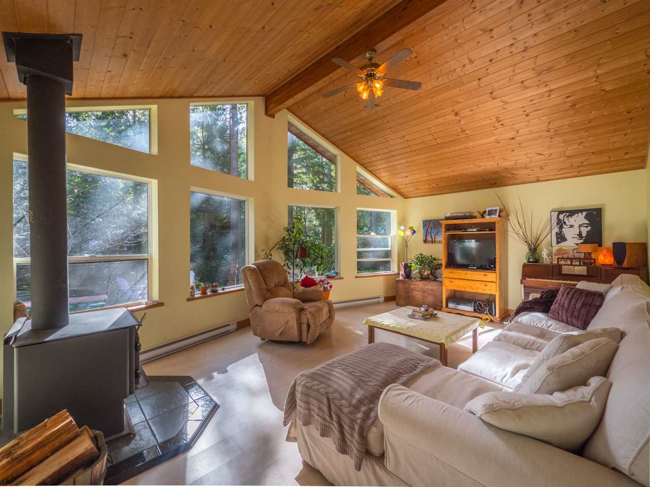 Photo 7: Photos: 1421 MARGARET Road: Roberts Creek House for sale (Sunshine Coast)  : MLS® # R2243186