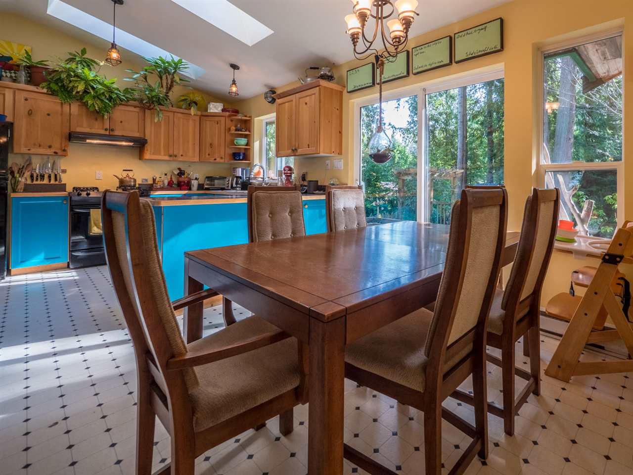 Photo 5: Photos: 1421 MARGARET Road: Roberts Creek House for sale (Sunshine Coast)  : MLS® # R2243186