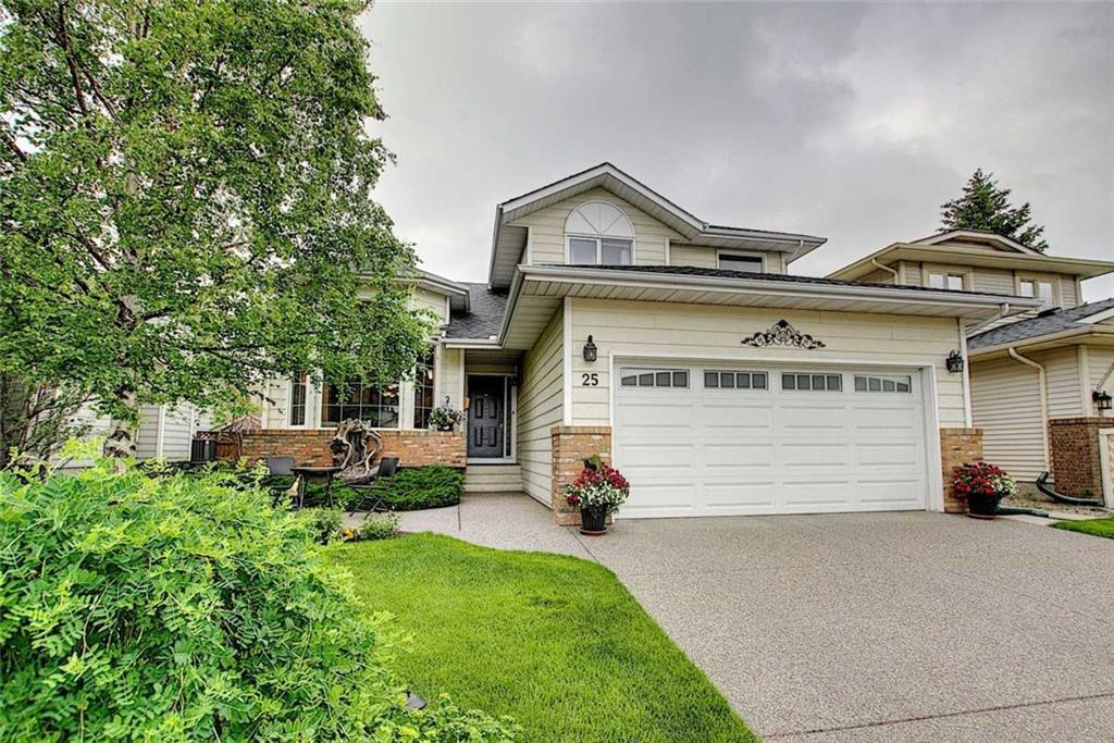 FEATURED LISTING: 25 SUNVISTA Close Southeast Calgary
