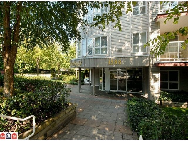 "Main Photo: 319 1588 BEST Street: White Rock Condo for sale in ""Monterey"" (South Surrey White Rock)  : MLS®# F1107958"