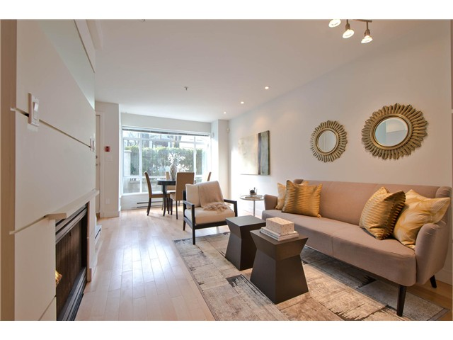 "Photo 4: 2108 YEW ST in Vancouver: Kitsilano Condo for sale in ""KITSILANO"" (Vancouver West)  : MLS(r) # V1043093"