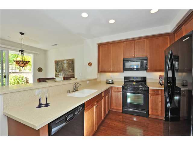 Photo 8: CARLSBAD WEST Townhome for sale : 3 bedrooms : 6919 Tourmaline Place in Carlsbad