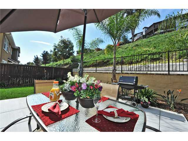 Photo 10: CARLSBAD WEST Townhome for sale : 3 bedrooms : 6919 Tourmaline Place in Carlsbad