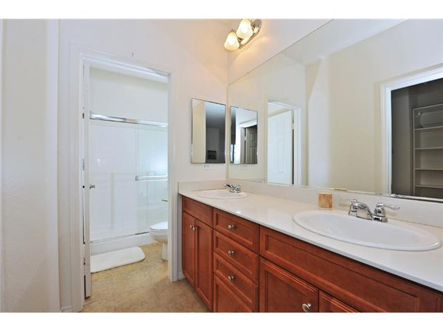 Photo 17: CARLSBAD WEST Townhome for sale : 3 bedrooms : 6919 Tourmaline Place in Carlsbad