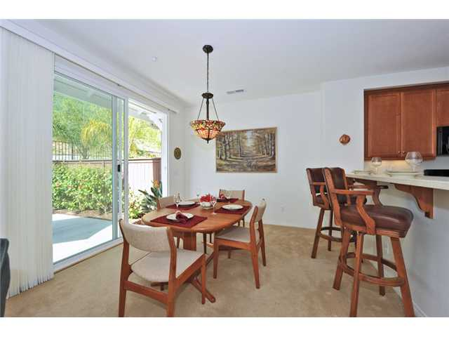 Photo 5: CARLSBAD WEST Townhome for sale : 3 bedrooms : 6919 Tourmaline Place in Carlsbad