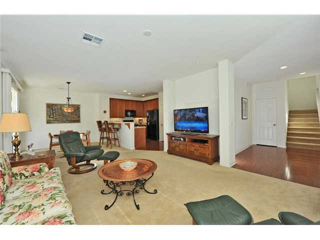 Photo 4: CARLSBAD WEST Townhome for sale : 3 bedrooms : 6919 Tourmaline Place in Carlsbad