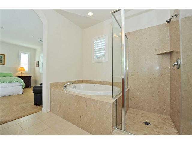 Photo 13: CARLSBAD WEST Townhome for sale : 3 bedrooms : 6919 Tourmaline Place in Carlsbad