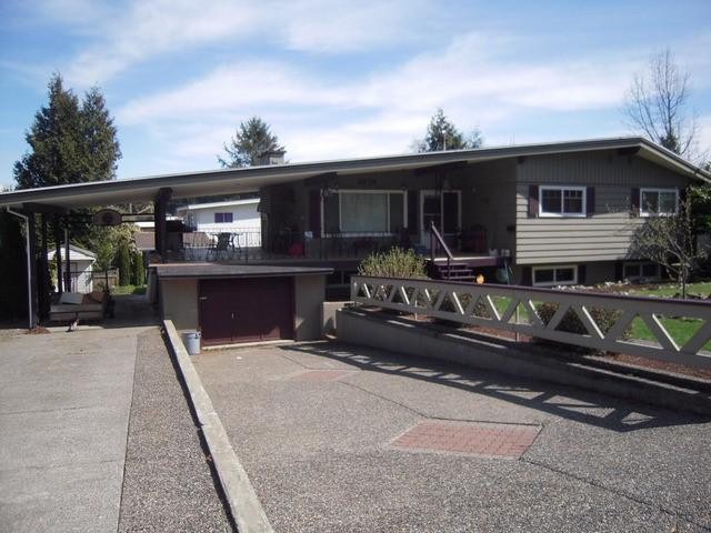 "Main Photo: 2276 CASCADE Street in Abbotsford: Abbotsford West House for sale in ""Mill Lake/Sevenoaks"" : MLS® # F1407602"