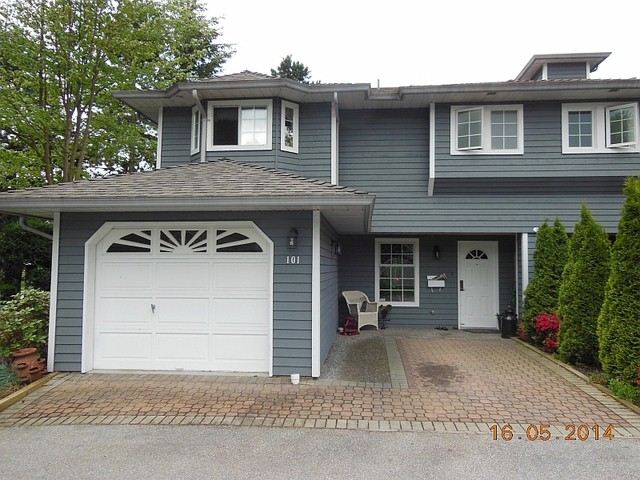 "Photo 2: 107 16335 14TH Avenue in Surrey: King George Corridor Townhouse for sale in ""PEBBLE CREEK"" (South Surrey White Rock)  : MLS(r) # F1412566"