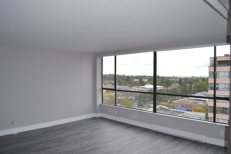 "Photo 2: 1201 2115 W 40TH Avenue in Vancouver: Kerrisdale Condo for sale in ""The Regency"" (Vancouver West)  : MLS® # V1143613"