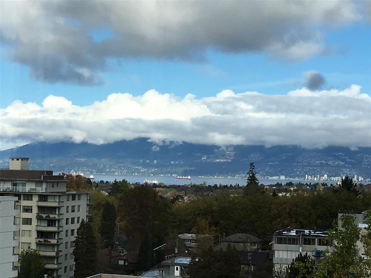 "Photo 10: 1201 2115 W 40TH Avenue in Vancouver: Kerrisdale Condo for sale in ""The Regency"" (Vancouver West)  : MLS® # V1143613"