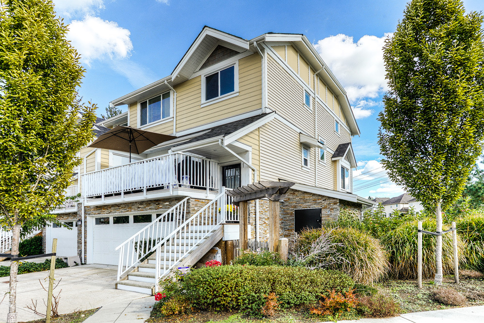 Photo 3: 1 9584 216 Street in Langley: Walnut Grove Townhouse for sale : MLS(r) # R2003554