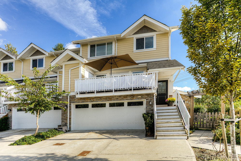 Photo 2: 1 9584 216 Street in Langley: Walnut Grove Townhouse for sale : MLS(r) # R2003554