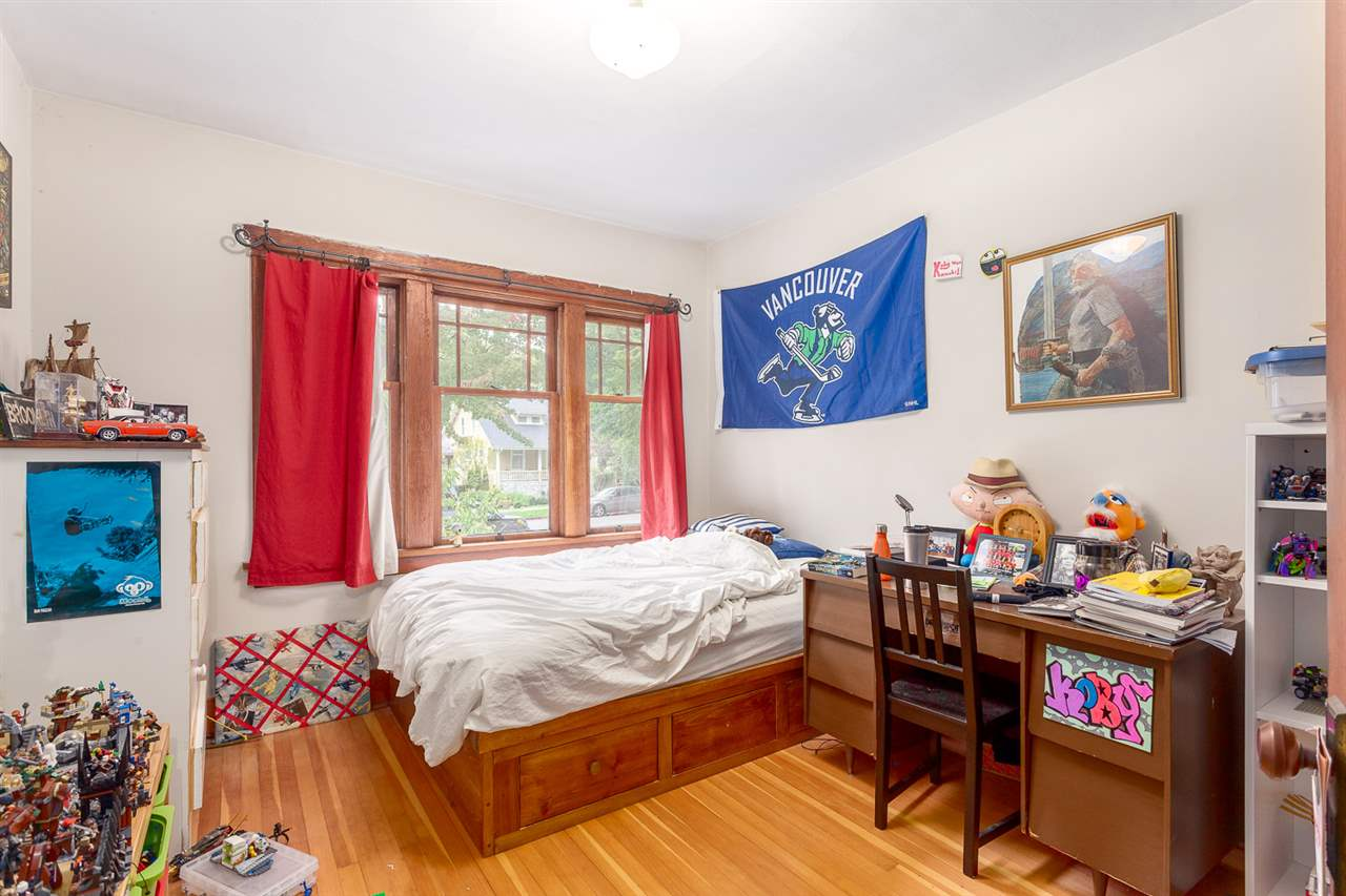 "Photo 10: 2522 CAMBRIDGE Street in Vancouver: Hastings East House for sale in ""HASTINGS-SUNRISE"" (Vancouver East)  : MLS® # R2003997"