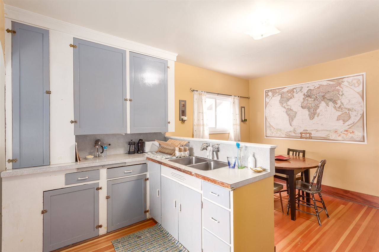 "Photo 8: 2522 CAMBRIDGE Street in Vancouver: Hastings East House for sale in ""HASTINGS-SUNRISE"" (Vancouver East)  : MLS® # R2003997"