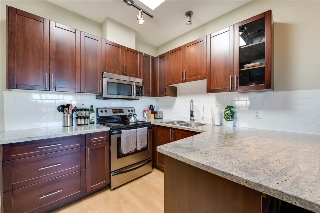 Main Photo: PH9 688 E 17TH Avenue in Vancouver: Fraser VE Condo for sale (Vancouver East)  : MLS(r) # R2004687
