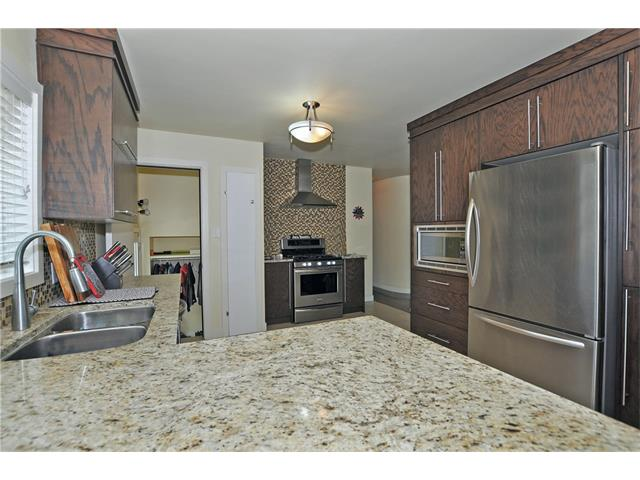 Photo 7: 203 41 Avenue NW in Calgary: Highland Park House for sale : MLS(r) # C4035983