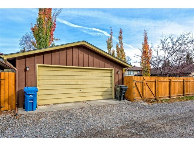 Photo 35: 551 PARKRIDGE Drive SE in Calgary: Parkland House for sale : MLS® # C4045891