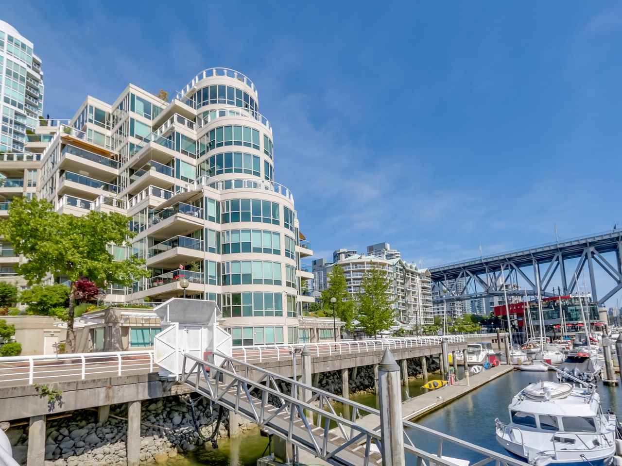 "Main Photo: 401 1600 HORNBY Street in Vancouver: Yaletown Condo for sale in ""Yacht Harbour Pointe"" (Vancouver West)  : MLS® # R2075174"