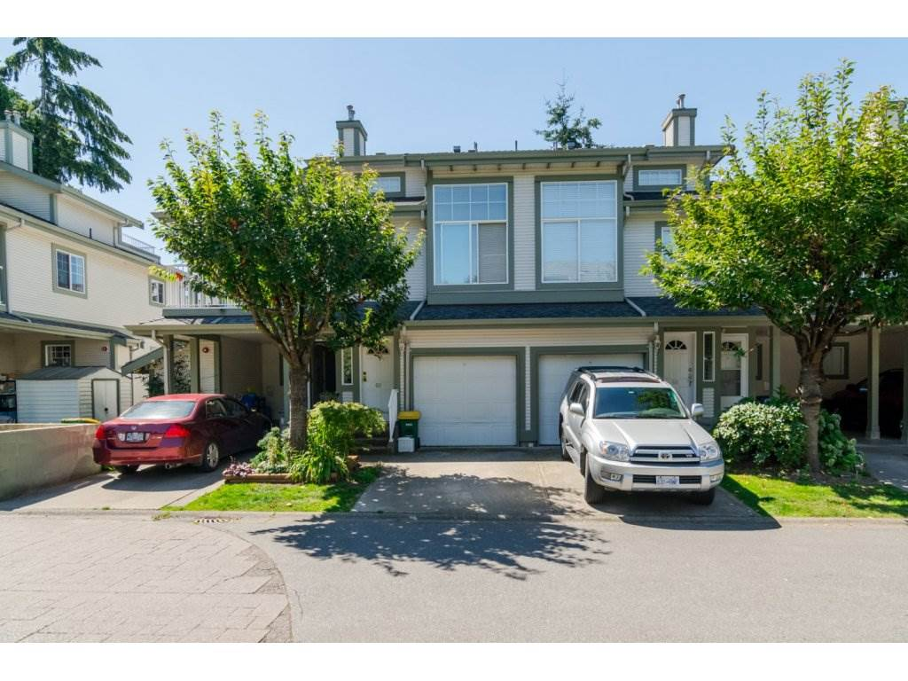 "Main Photo: 69 8892 208 Street in Langley: Walnut Grove Townhouse for sale in ""Hunter's Run"" : MLS® # R2093333"