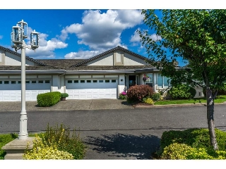 "Main Photo: 19 31445 RIDGEVIEW Drive in Abbotsford: Abbotsford West Townhouse for sale in ""PANORAMA RIDGE"" : MLS® # R2093925"