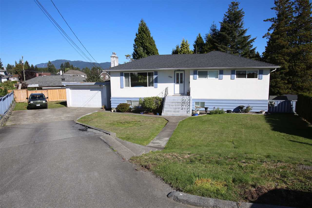 Photo 2: Photos: 649 DENVER Court in Coquitlam: Central Coquitlam House for sale : MLS®# R2116513