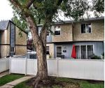 Main Photo: 197C HOMESTEAD Crescent in Edmonton: Zone 35 Townhouse for sale : MLS® # E4048229